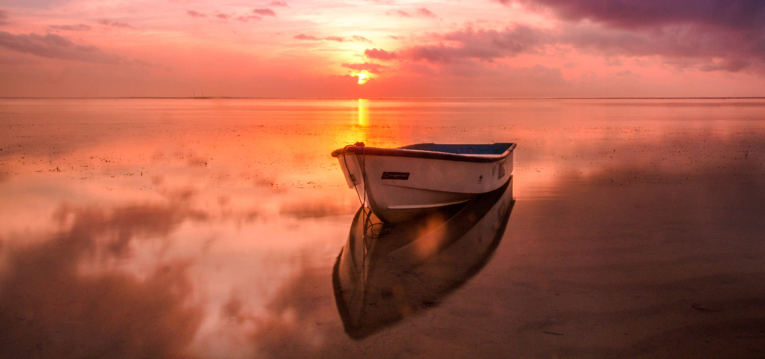 Barca nella laguna